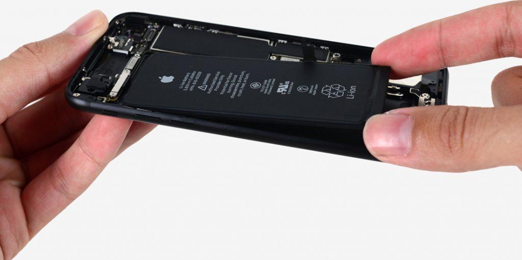 iPhone 8 Plus Batarya Sorunu Büyüyor