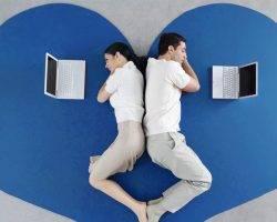 Sosyal Medya İlişkide Yalnızlığı Arttırıyor