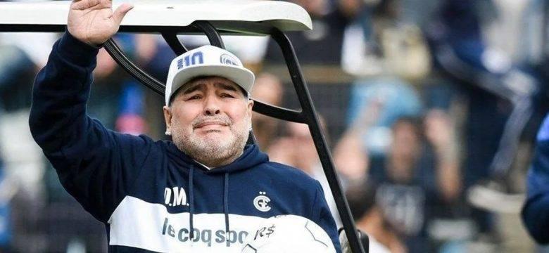 Maradona'ya çocuk istismarı suçlaması: Ailesinden tazminat talebi